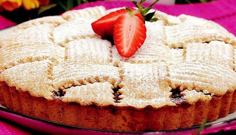 Tarçınlı-Elmalı Pasta Tarifi