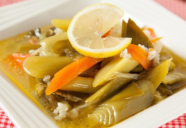 Zeytinyağlıgillerden, Pirinçli Pırasa Yemeği Tarifi