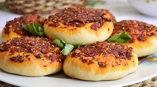 Memleketler Yarışıyor, Hatay'dan Biberli Ekmek Tarifi