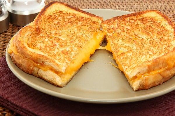 Kahvaltınızın Vazgeçilmez Dostu, Grilled Cheese Tarif