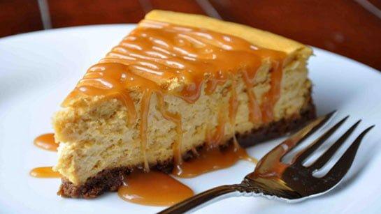 Tatlıların Baş Tacı, Karamel Soslu Cheesecake Tarifi