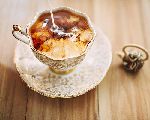 Hafif Tadına Bayılacaksınız, Sütlü Çay Tarifi