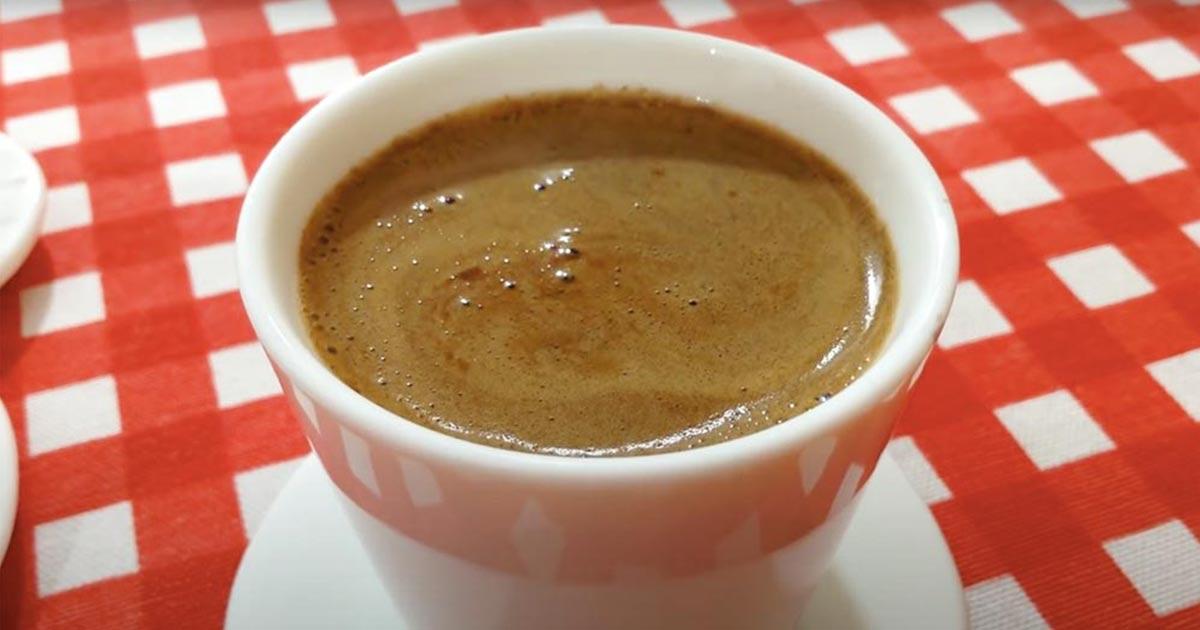 Bol Köpüklü Türk Kahvesi Tarifi, İsteme Kahvesi Nasıl Yapılır?