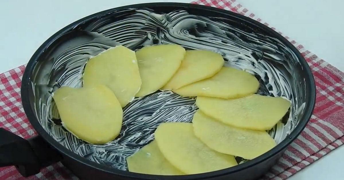 1 Patates 2 Yumurtayla Yapılan Kahvaltılık Tarifi